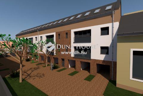 Eladó Telek, Bács-Kiskun megye, Kiskunfélegyháza - 18 lakásos társasház építésére alkalmas projekt