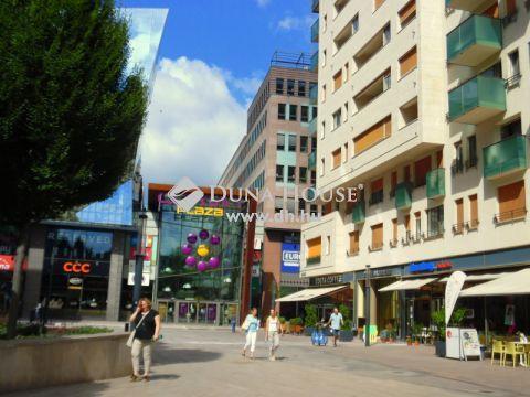 Eladó Lakás, Budapest 8. kerület - CORVIN NEGYEDBEN, PLAZÁTÓL, KÖRÚTTÓL PÁR LÉPÉSRE!