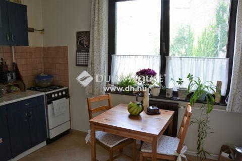 Eladó Lakás, Budapest - Corvin közeli-3 szoba-nagy konyha-parkoló!
