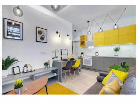 Eladó Lakás, Budapest - Haris közben - magasemeleti-1,5 szoba 2,0
