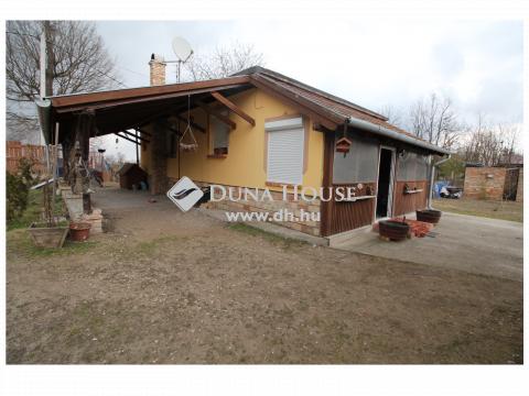 Eladó Ház, Pest megye, Szentmártonkáta - Családi ház Szentmártonkátán