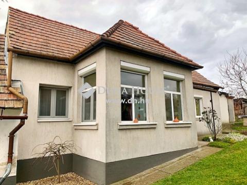 Eladó Ház, Komárom-Esztergom megye, Szomód
