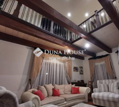 Eladó Ház, Veszprém megye, Balatoncsicsó - Balatoncsicsó, szép családi ház, szuper környezetben