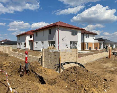 Eladó Ház, Szabolcs-Szatmár-Bereg megye, Nyíregyháza - Oros kedvelt részén.