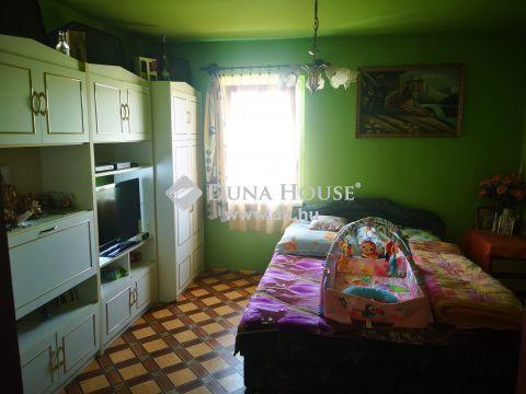 Eladó Ház, Zala megye, Zalaszentjakab - Zalaszentjakabon falu szélén lévő kedves kis családi ház eladó