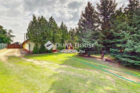 Eladó Ház, Bács-Kiskun megye, Kecskemét - 2rendbeli ház, 200m2 gazdasági épület