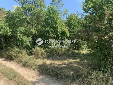 Eladó Telek, Komárom-Esztergom megye, Vértesszőlős - Csendes zártkerti részen