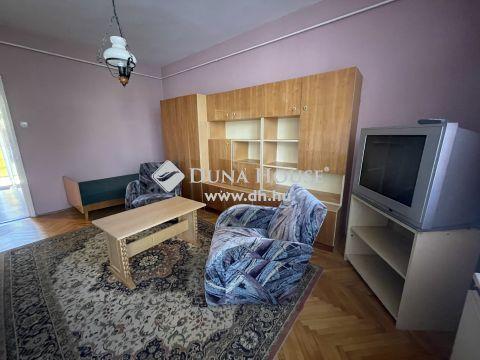 Eladó Lakás, Zala megye, Zalaegerszeg - Belvárosi, első emeleti, 1 szobás