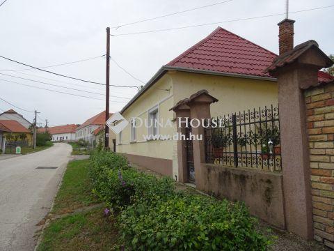 Eladó Ház, Győr-Moson-Sopron megye, Pannonhalma - Porta étterem